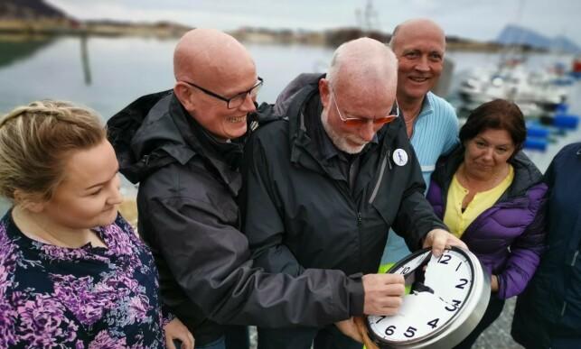 PROMOBILDE: Kjell Ove Hveding (nummer to fra venstre) ledet den utskjelte klokkekampanjen. Foto: Innovasjon Norge