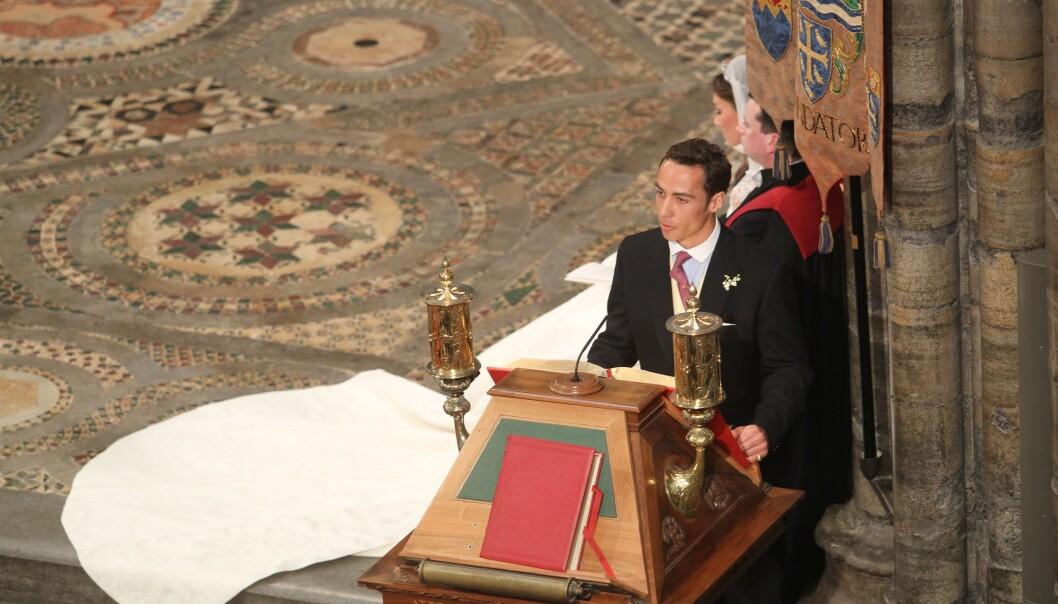 LESTE I BRYLLUPET: James Middleton leste høyt i bryllupet til prins William og søsteren Kate i 2011. Det var her vi for alvor fikk øynene opp for hertuginnens lillebror. FOTO: NTB Scanpix
