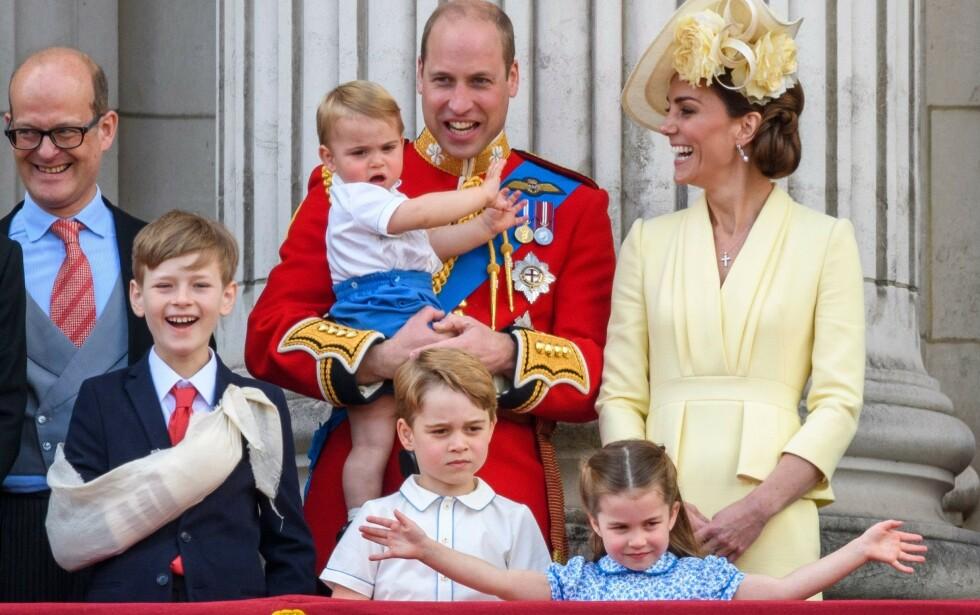 ÅPENHET: Prins William forteller at han vil støtte alle sine tre barn dersom noen av dem identifiserte seg som lesbisk, homofil, bifil eller transperson. Foto: NTB Scanpix