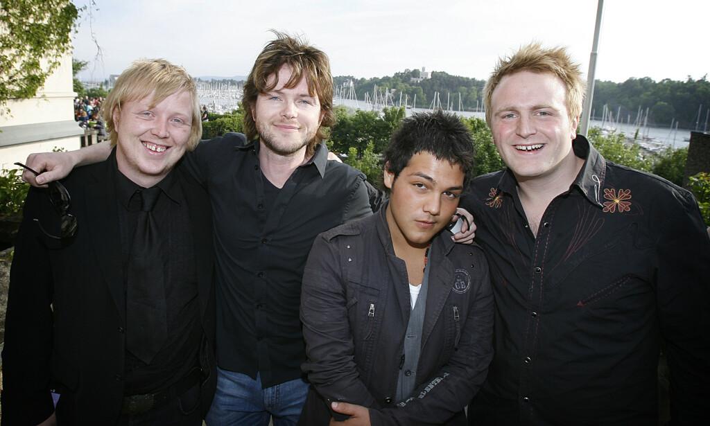 DEN GANG DA: Lind, Nilsen, Fuentes og Holm ble kalt «de nye gitarkameratene». Her på Universals hagefest i 2006. Foto: Hans Arne Vedlog / Dagbladet
