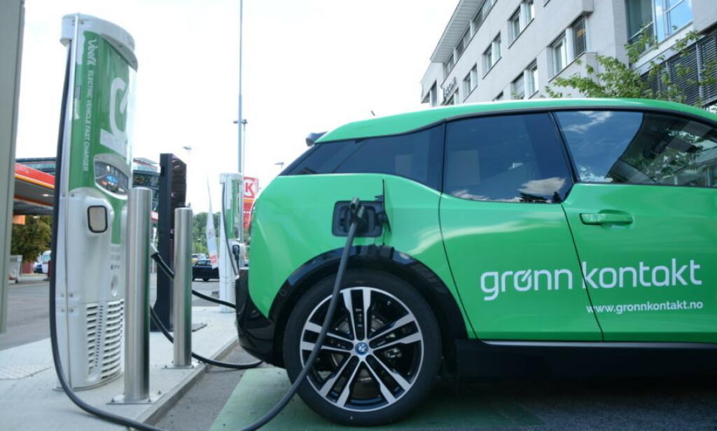 ENDRER PRIS: Grønn Kontakt endrer prisen på lading fra 1. juli. Skal bli enklere for kundene. Foto: Grønn Kontakt