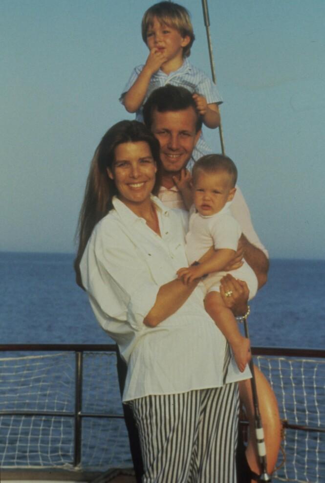 <strong>FAMILIEIDYLLEN SOM BRAST:</strong> Sammen fikk prinsesse Caroline og ektemannen barna Charlotte, Pierre og Andrea. Foto: NTB Scanpix