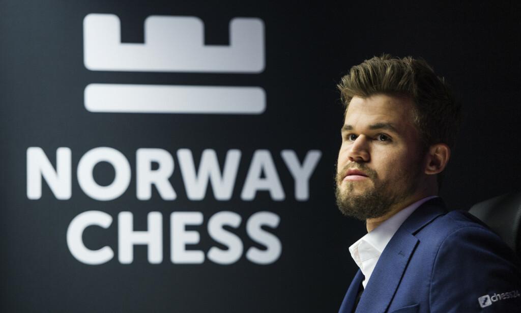 OMDØMME: Delegatene på Norsk Sjakkforbunds kongress bør vurdere nøye hvordan en avtale med spillselskapet Kindred kan påvirke organisasjonens omdømme, skriver innsenderen. Magnus Carlsen, her på Norway chess 2019 i Stavanger for to uker siden, ivrer for avtalen. Foto: NTB Scanpix