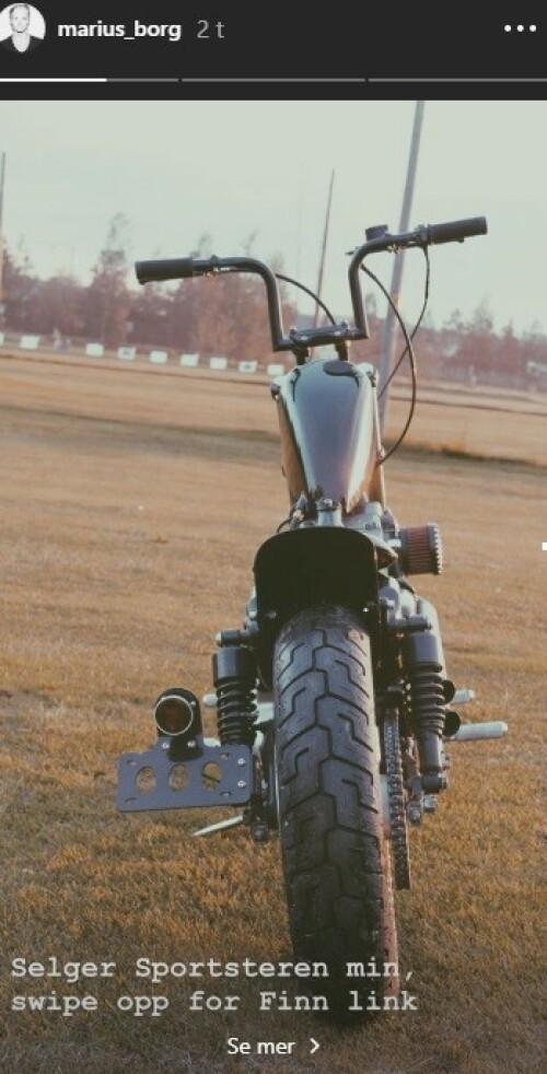 <strong>TIL SALGS:</strong> Denne motorsykkelen ligger til salgs på Finn.no. Foto: Marius Borg Høiby / Instagram