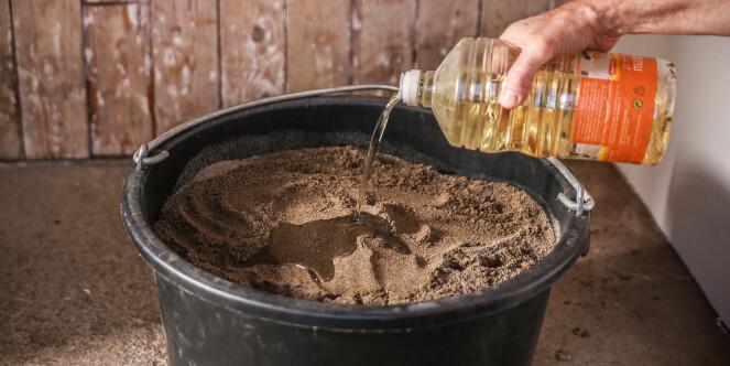 <strong>Olje og sand:</strong> Denne kombinasjonen gir redskapene rene spa-behandlingen. Foto: Øivind Lie-Jacobsen