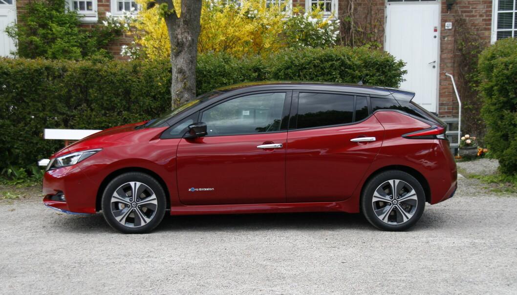 NY MODELL: Nissan venter på versjonen med lang rekkevidde. Foto: Fred Magne Skillebæk