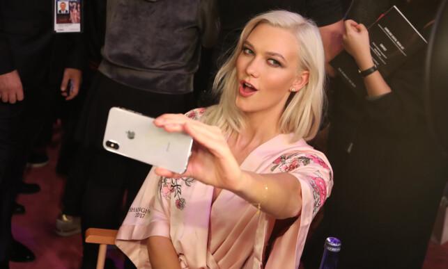 MODELL: Karlie Kloss under et show fra 2017. I et nylig intervju forteller stjerna nå hvorfor hun sluttet som modell. Foto: NTB Scanpix
