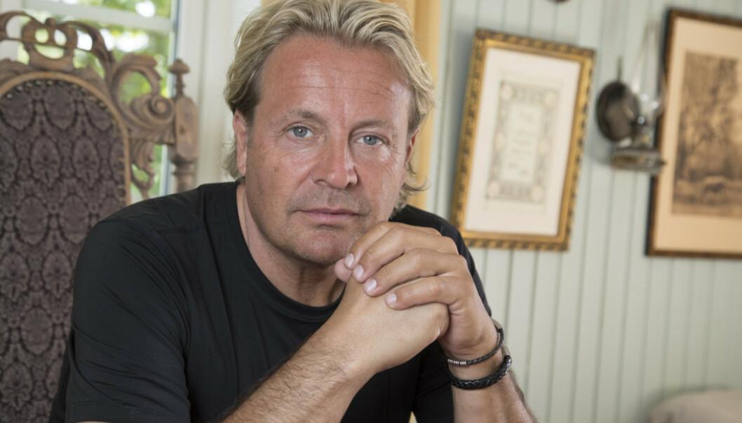 MILLIONGJELD: Kjendispastoren Runar Søgaard har de siste årene pådratt seg en rekke dommer for økonomisk svindel. Nå har de svenske myndighetene beslaglagt flere av hans eiendeler i jakten på den utestående gjelda. Foto: Morten Eik