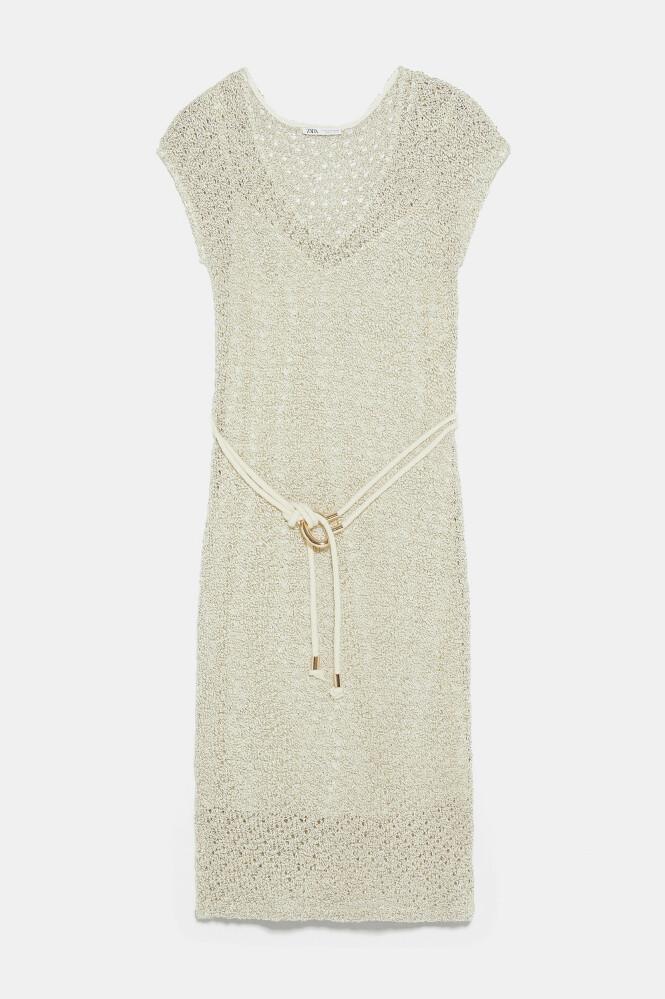 Heklet kjole (kr 1200, Zara). FOTO: Produsenten