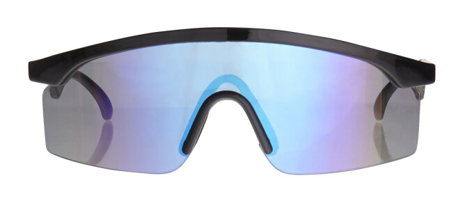Så sporty! Solbriller (kr 160, asos.com). FOTO: Produsenten