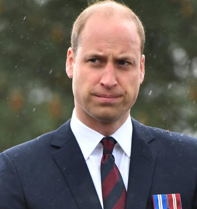 OVERRASKET: Prins William sjokkerte den rojale fansen da han plutselig dukket opp utenfor Kensington Palace. Her avbildet ved en annen anledning. Foto: NTB scanpix