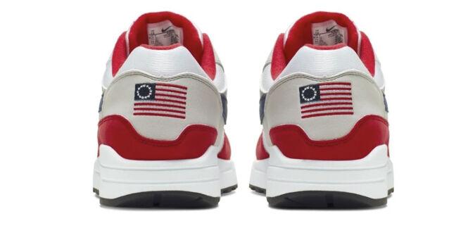 image: Trekker sko. Kritikken hagler