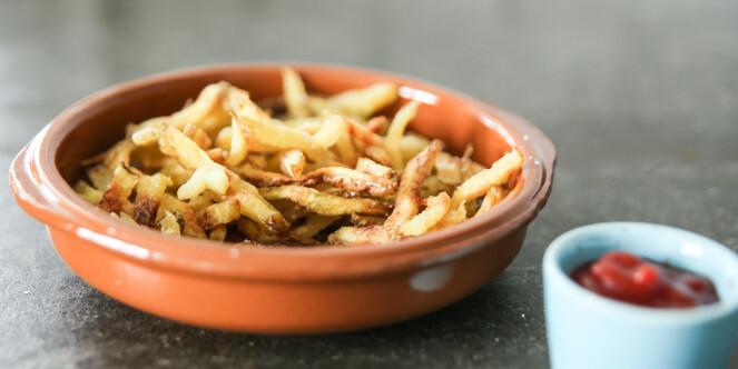 <strong>Pommes frites:</strong> Veldig gode, og du lager dem i mikrobølgeovnen. Foto: Øivind Lie-Jacobsen