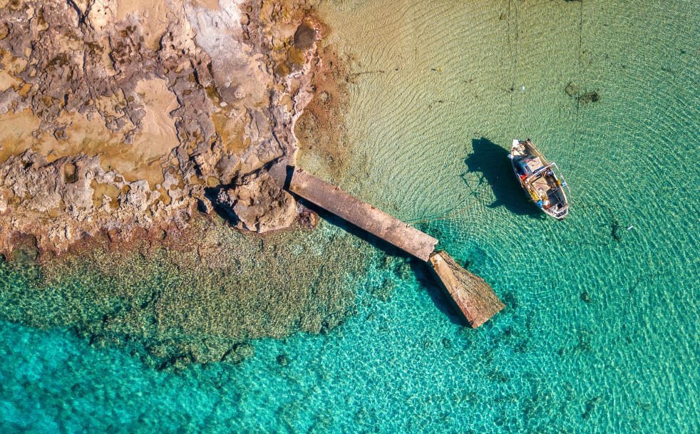 TRENGER INNBYGGERE: Den greske øya Antikythera søker flere innbyggere og er villig til å betale deg 5000 kroner i måneden for å bo der. Foto: Scanpix