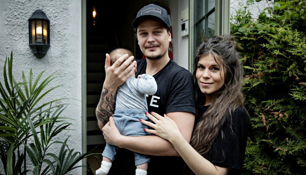 VIL HA FLERE: Dennis Poppe og Kristin Gjelsvik er foreldre til lille Falk. Nå vil de gi han søsken. Foto: Nina Hansen / Dagbladet