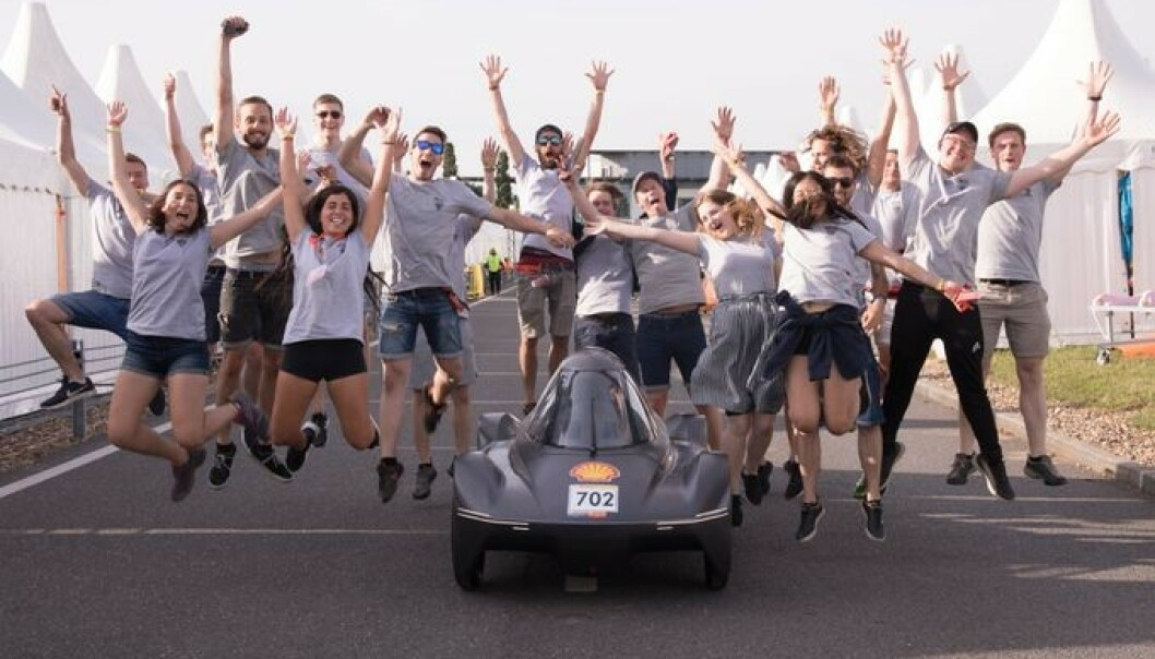 NORSKUTVIKLET: NTNU's lille elbil kjørte til topp fem plassering under europeisk konkurranse. Foto: DNV-GL