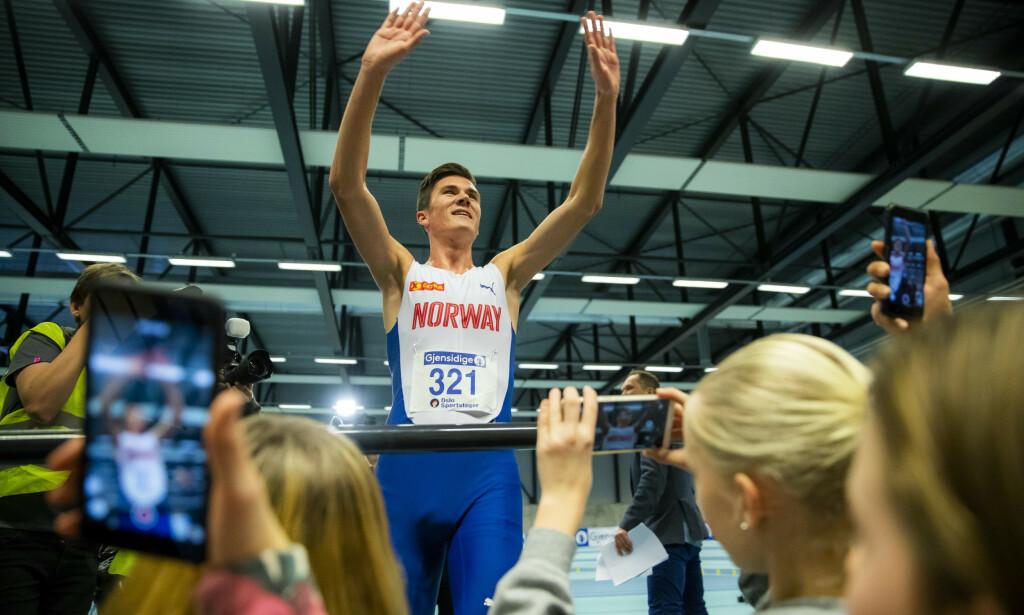 Jakob Ingebrigtsen innehar nå den offisielle verdensrekorden på 1500 meter innendørs med tiden 3.36,02. Foto: Håkon Mosvold Larsen / NTB scanpix