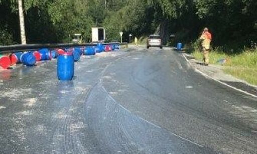 image: 5.000 liter sild i veibanen i Trøndelag: - Vet ikke helt hvordan vi skal løse det