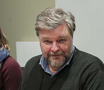 <strong>LES PAKNINGSVEDLEGGET:</strong> Steinar Madsen forteller hvor viktig det er å lese pakningsvedlegget på medisinen. Foto: Vidar Ruud/NTB scanpix.