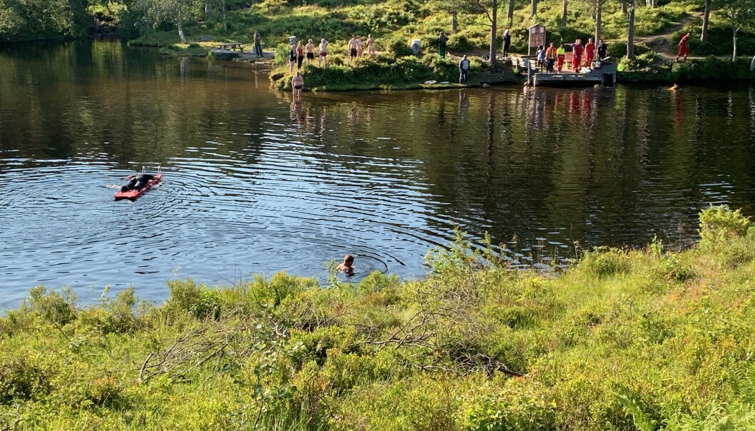 To barn var involvert i badeulykken i den populære badeplassen Fjellbrudammen ved Moldeelva. Foto: Romsdals Budstikke Kjell Langmyren / NTB scanpix