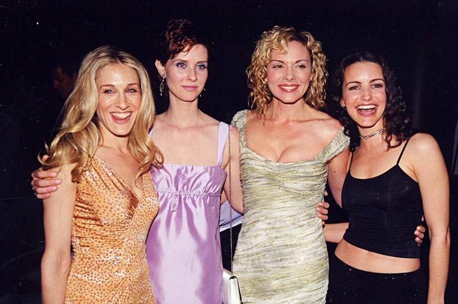 SUPERSTJERNER: Sarah Jessica Parker, Cynthia Nixon, Kim Cattrall og Kristin Davis utgjorde hele verdens favorittgjeng i «Sex og Singelliv». Hvis du – som oss – var storfan av serien, bør du lese denne saken! FOTO: HBO