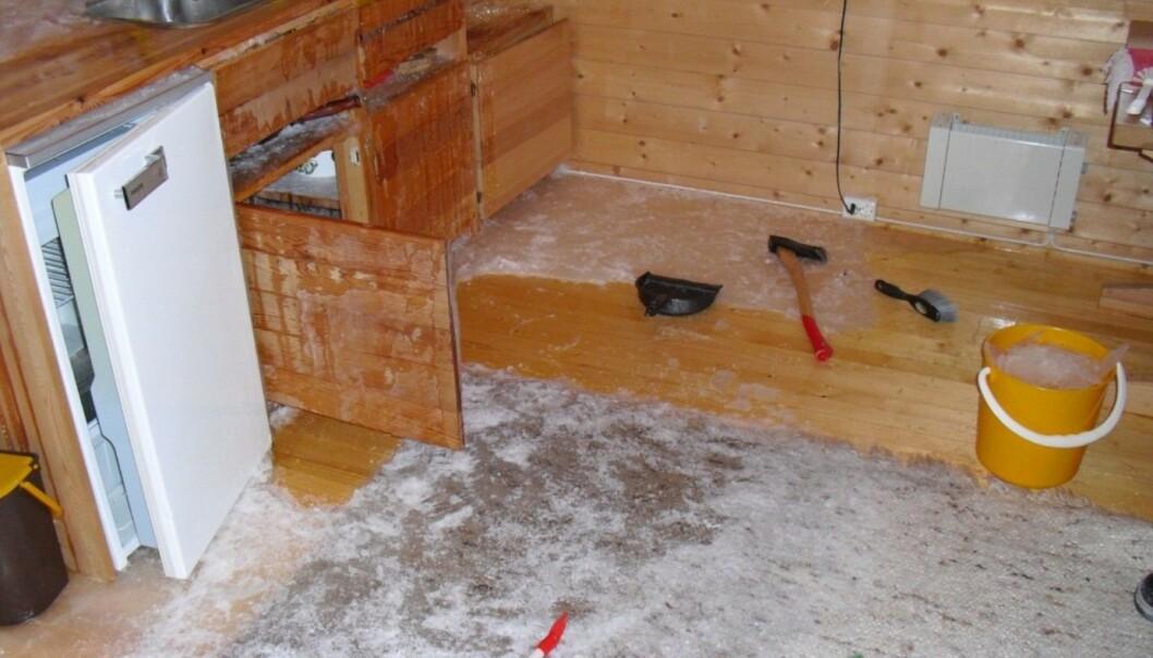 <strong>OMFATTENDE FROSTSKADER:</strong> Her kan du se hvor mye skade vannrør som fryser kan lage. Foto: Tryg Forsikring
