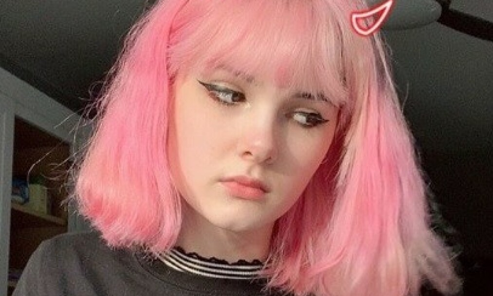 DREPT: Søndag ble den amerikanske 17-åringen Bianca Devins funnet brutalt drept i sin hjemby. Så begynte bilder av liket å sirkulere på sosiale medier. Foto: Instagram
