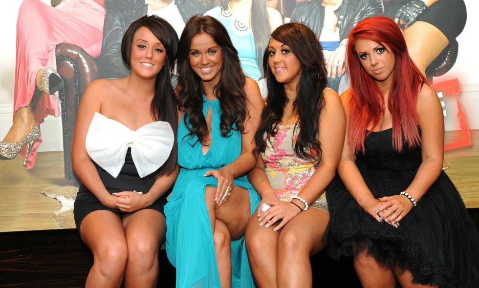 REALITYSTJERNER: I 2011 ble Charlotte Crosby, Vicky Pattison, Sophie Kasaei og Holly Hagan kjendiser over natten. I dag, åtte år senere, er de nesten ikke til å kjenne igjen. Foto: NTB Scanpix