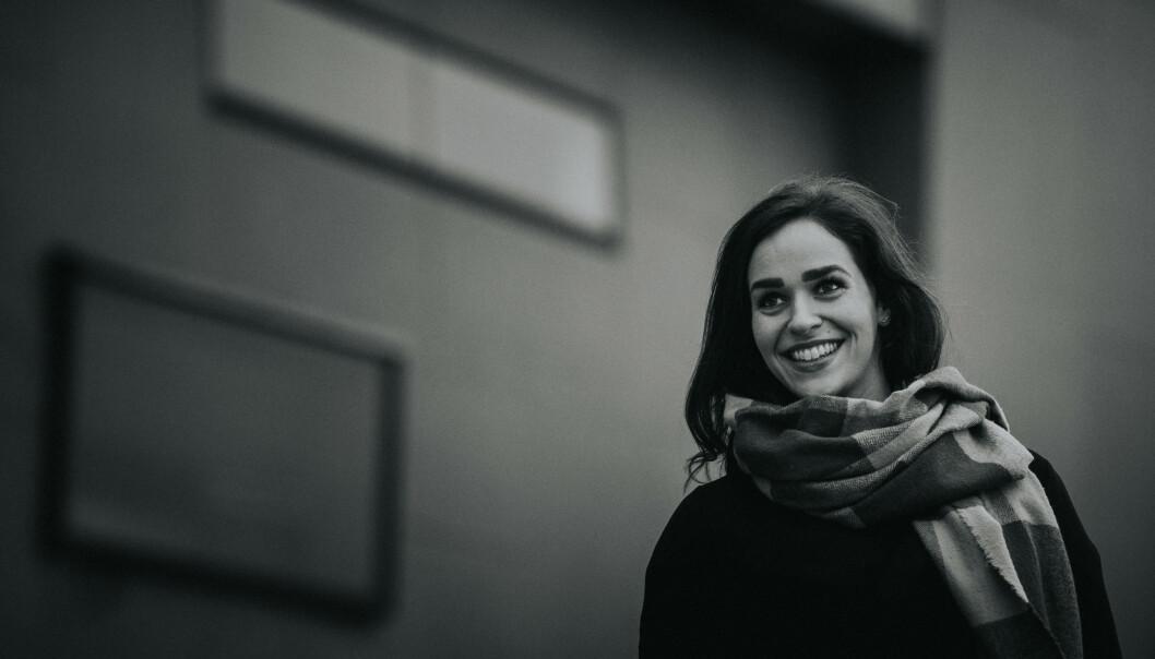 BRYLLUPSFOTOGRAF: Lillian Nordbø (26) har solid erfaring som fotograf i en mengde brylluper. Foto: Rune Havn