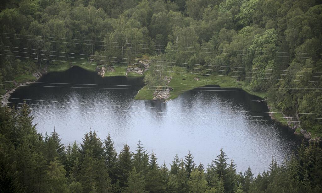 Både Bergen kommune, Mattilsynet og Askøy kommune har tatt prøver for å se om det nå er trygt å drikke vannet fra Kleppe vannverk. Foto: Marit Hommedal / NTB scanpix