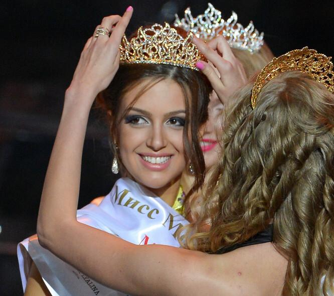 <strong>MISSEDRONNING:</strong> Rihana Oksana Voevodina, som nå har skiftet etternavn til Petra, ble i 2015 kåret til Miss Moscow. Nå er hun altså ekskongens hustru, om ikke ryktene om skilsmissen faktisk stemmer. Foto: NTB scanpix