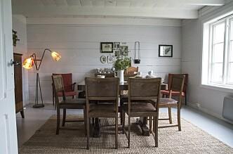 <strong>STAS-ROM:</strong> Spisestua er innredet med møbler som sto her fra før, bare ikke  i dette rommet. Her inne var nemlig frysebokslageret. Foto: Irene Jacobsen