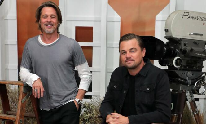 - INGEN KOMMENTAR: Brad Pitt og Leonardo DiCaprio har fått et godt forhold gjennom samarbeidet i Tarantino-filmen «Once Upon a Time In Hollywood». Det finnes likevel grenser for hva sistnevnte ønsker å prate om. Foto: NTB Scanpix