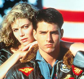 <strong>BARSKING:</strong> Tom Cruise var 24 år gammel da «Top Gun» hadde premiere i 1986. Her med Kelly McGillis, som spilte Charlie. Foto: Paramount / Kobal / REX / NTB Scanpix