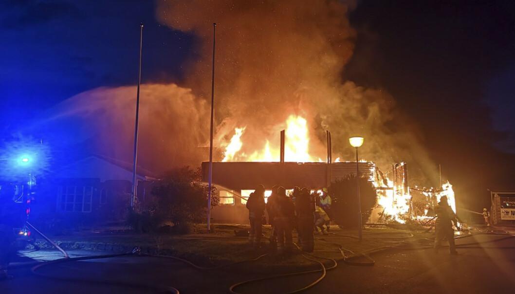 Vindafjordhallen i Rogaland brant ned natt til mandag. Foto: Politiet / NTB scanpix