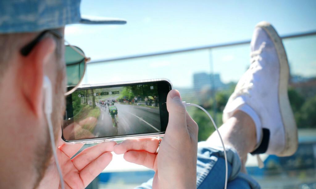STRØMMEDRØM: Fra 1. august kan du sitte på haciendaen i Spania og strømme innhold på mobilen, som om du befant deg i Norge. Foto: Gaute Beckett Holmslet