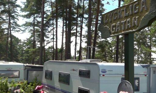 image: Langer ut mot rølpestempel i camping-TV