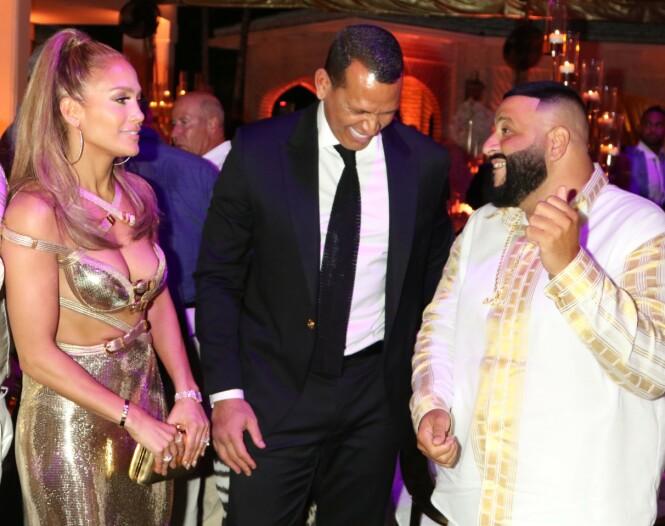 <strong>MED BURSDAGSBARNET:</strong> Jennifer Lopez, Alex Rodriguez og Dj Khaled. Foto: Scanpix