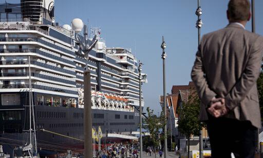 image: Tordner mot regjeringen etter cruise-kaos