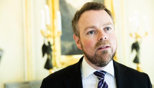 REKORD: Næringsminister Torbjørn Røe Isaksen sier at det meldes om rekordstor interesse for Norge som turdestinasjon. Foto: Berit Roald / NTB scanpix