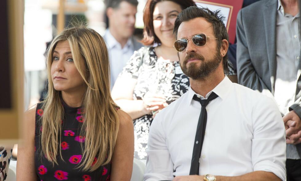 GJENFORENT: Jennifer Aniston og eksmannen Justin Theroux skiltes som gode venner i 2018. Nå er de gjenforent - i hundens begravelse. Foto: NTB Scanpix