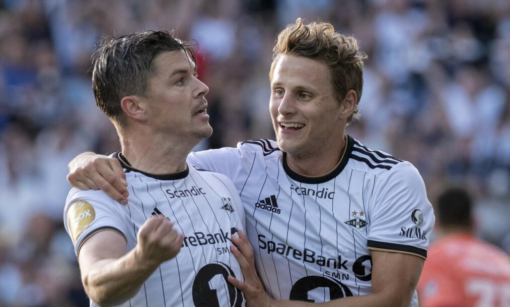 <strong>LERKENDAL-FEST:</strong> Pål André Helland jubler sammen med Vegar Eggen Hedenstad etter 1-0-scoringen. Foto: Ned Alley / NTB scanpix