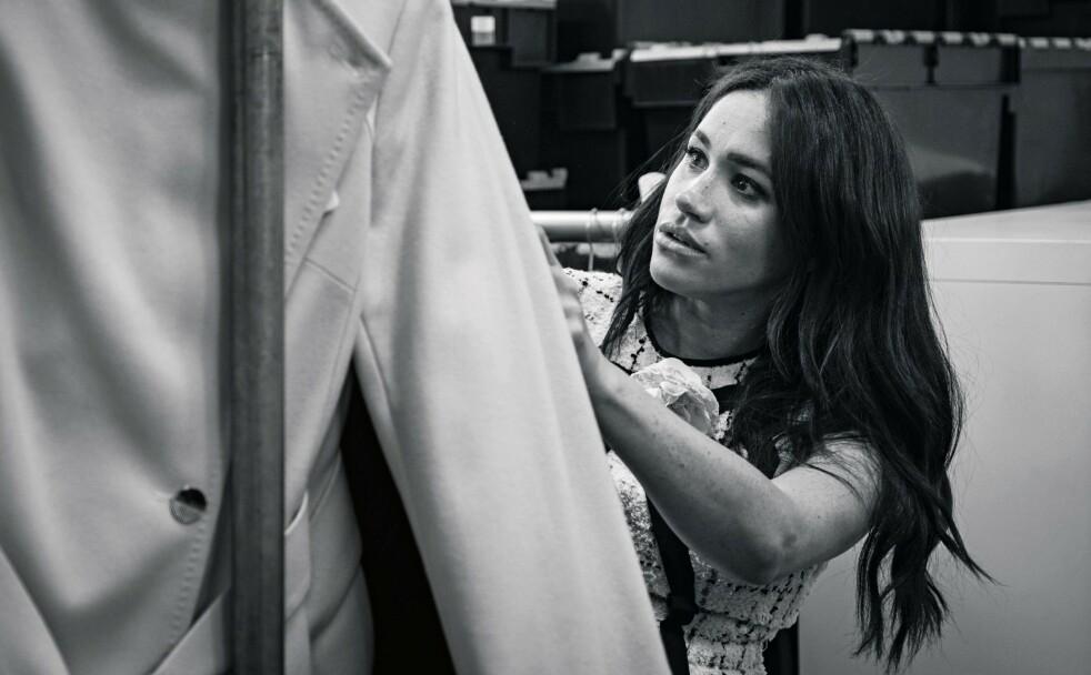 <strong>GJESTEREDAKTØR:</strong> I septemberutgaven av britiske Vogue er det selveste hertuginne Meghan som har hatt redaktøransvar - et initiativ hun tok selv. Dette bildet er tatt i forbindelse med Vogue-jobben. FOTO: NTB Scanpix