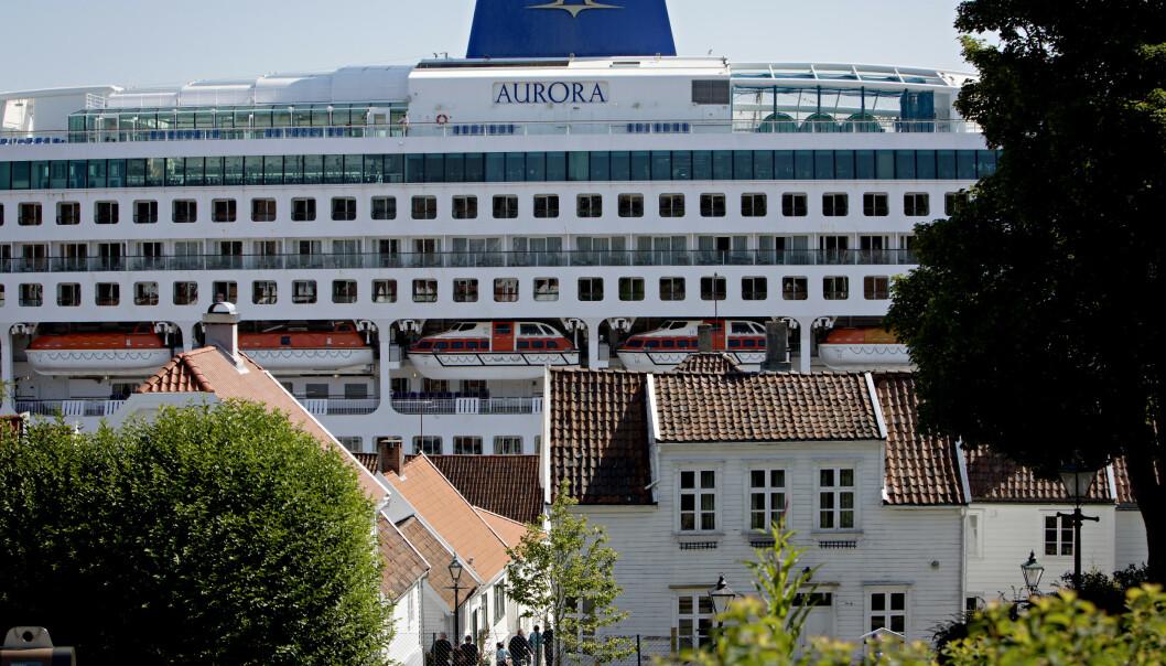 STILLER KRAV: Gamle Stavanger er blant stedene som er rammet av «cruiseinvasjonen». Nå stiller næringsminister Torbjørn Røe Isaksen strengere krav. Foto: Kristian Ridder-Nielsen / Dagbladet