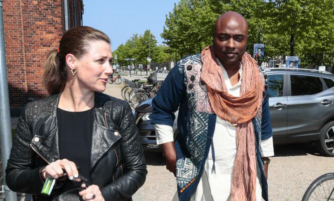 GOD KOMMUNIKASJON: Durek Verrett forklarer at han og kjæresten har diskutert rasismebemerkningene og truslene mot ham. Foto: Lise Åserud / NTB Scanpix