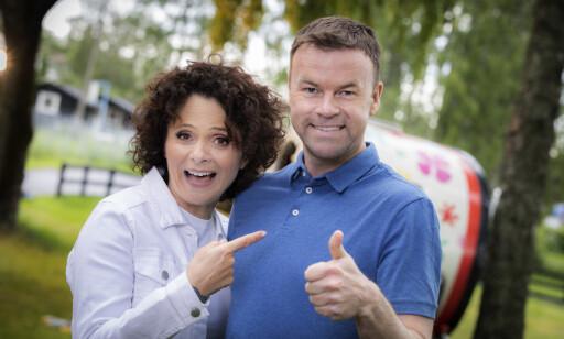 LEDET: Nadia Hasnaoui og Ole Rolfsrud leder Sommeråpent fra Storsand camping. FOTO: NRK