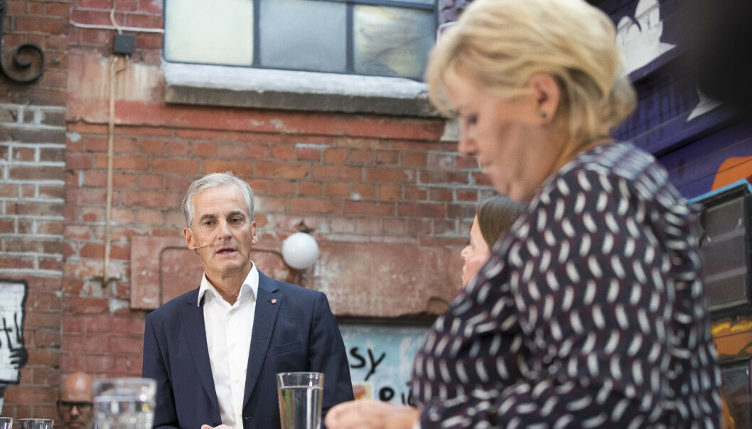 Ap-leder Jonas Gahr Støre mener regjeringens forslag til kutt i sosialhjelp ikke bedrer situasjonen for marginaliserte innvandrerkvinner. Foto: Terje Pedersen / NTB scanpix