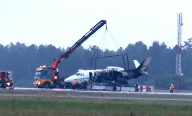 <strong>BRANN:</strong> Sånn så flyet ut etter den dramatiske brannen - som skjedde litt over midnatt. Foto: NTB Scanpix