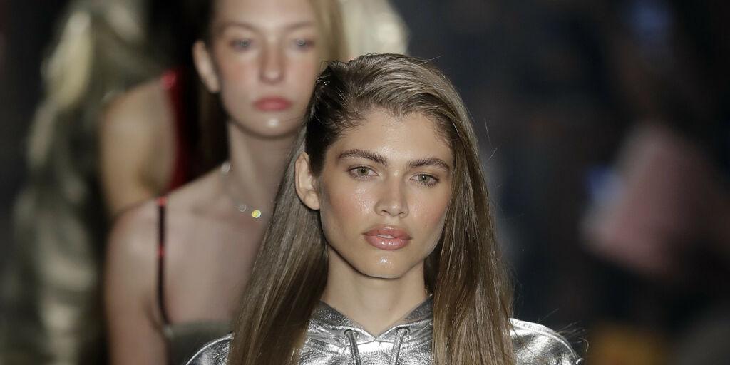 image: Victoria's Secret skriver historie med denne modellen