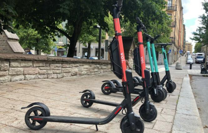 <strong>POPULÆRT:</strong> Elsparkesyklene har blitt stadig mer populære den siste tiden, og i flere storbyer verden over blir de flittig brukt som framkomstmiddel. Foto: NTB Scanpix